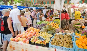 Activities Alcudia - Weekly Market